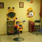 Выгодно ли открыть детскую парикмахерскую