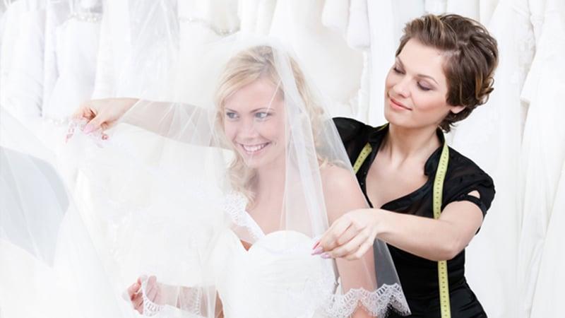 Персонал для открытия свадебного салона