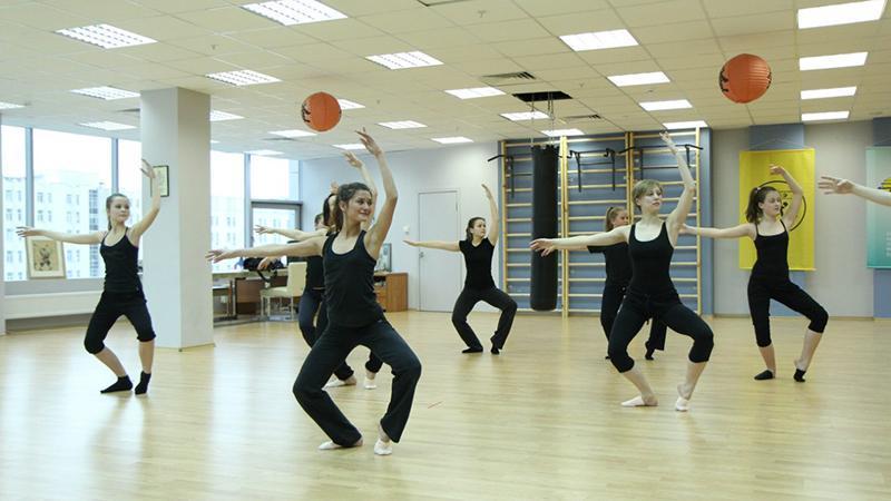 Как открыть танцевальную студию
