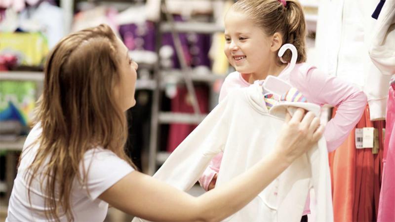 Персонал для открытия магазина детской одежды