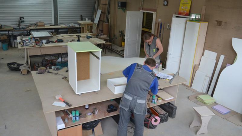 Производство мебели как бизнес-идея на дому с минимальными вложениями