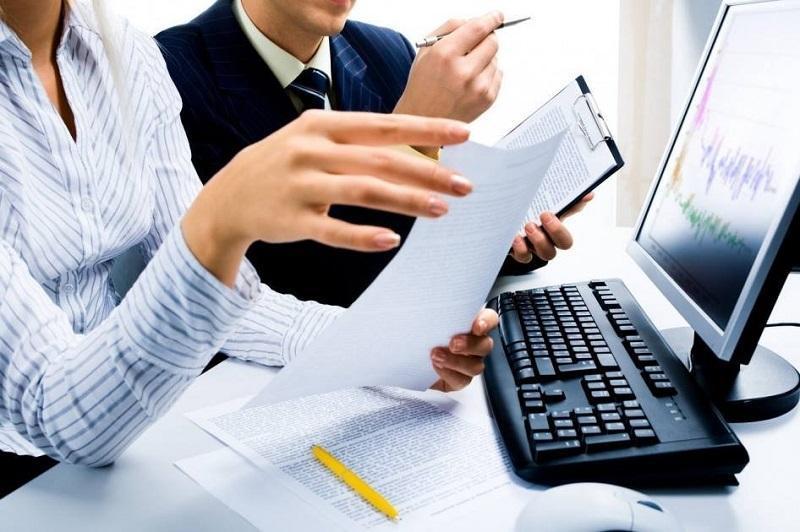 услуги бухгалтера по ведению бухгалтерского и налогового учета