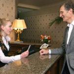 Что входит в обязанности администратора гостиницы
