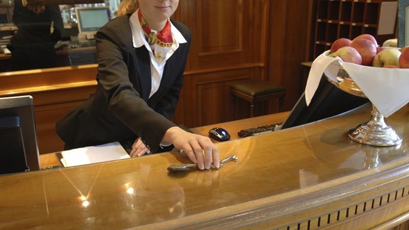 должностная инструкция администратора отеля - фото 11