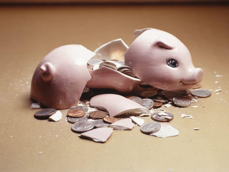 как закрыть фирму с долгами