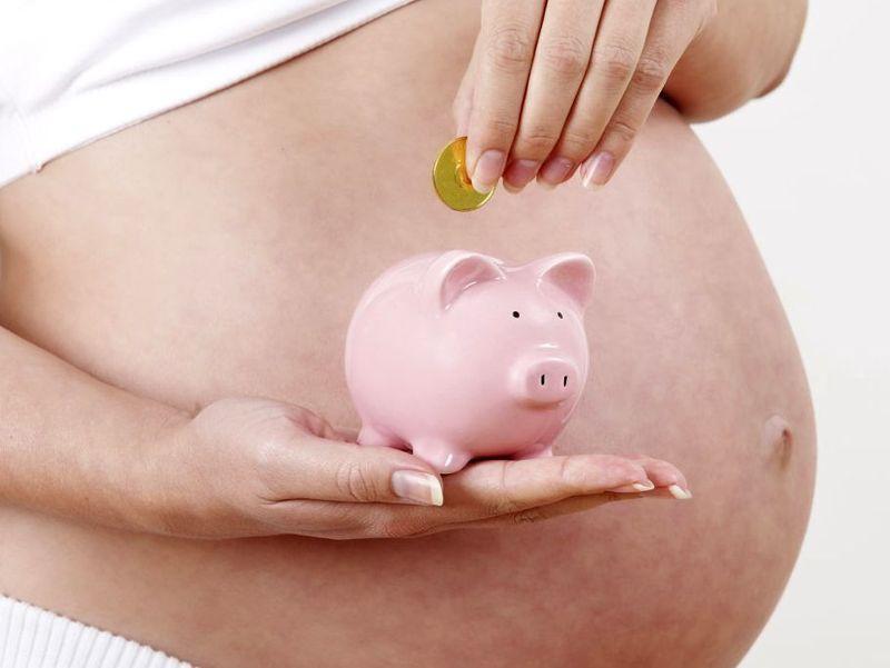 как выплачиваются декретные до родов или после