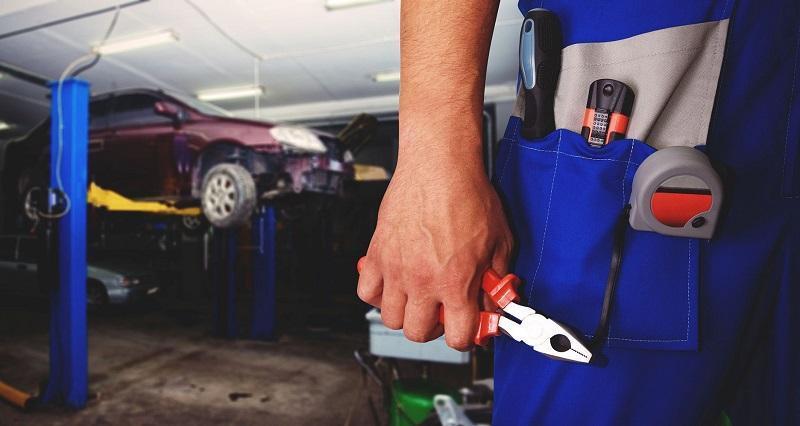 что делает автослесарь (автомеханик) обязанности на предприятии