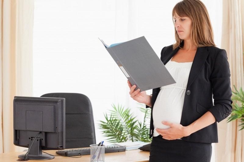 как оформить декретный отпуск по беременности и родам
