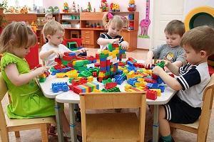 кому положена компенсация за непредоставление места в детском саду