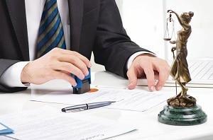 кто имеет право заверять копии документов в организации