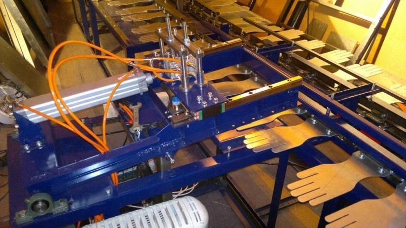 оборудование для производства трикотажных перчаток хб с ПВХ покрытием