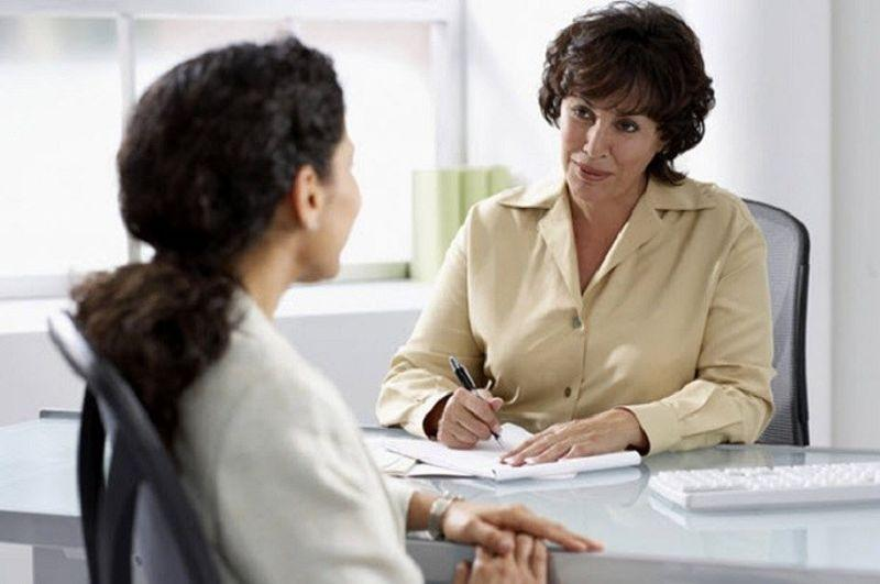 обязанности функции достижения продавца консультанта в резюме пример